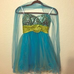 90d91ffda3 Xtraordinary · Prom formal dress